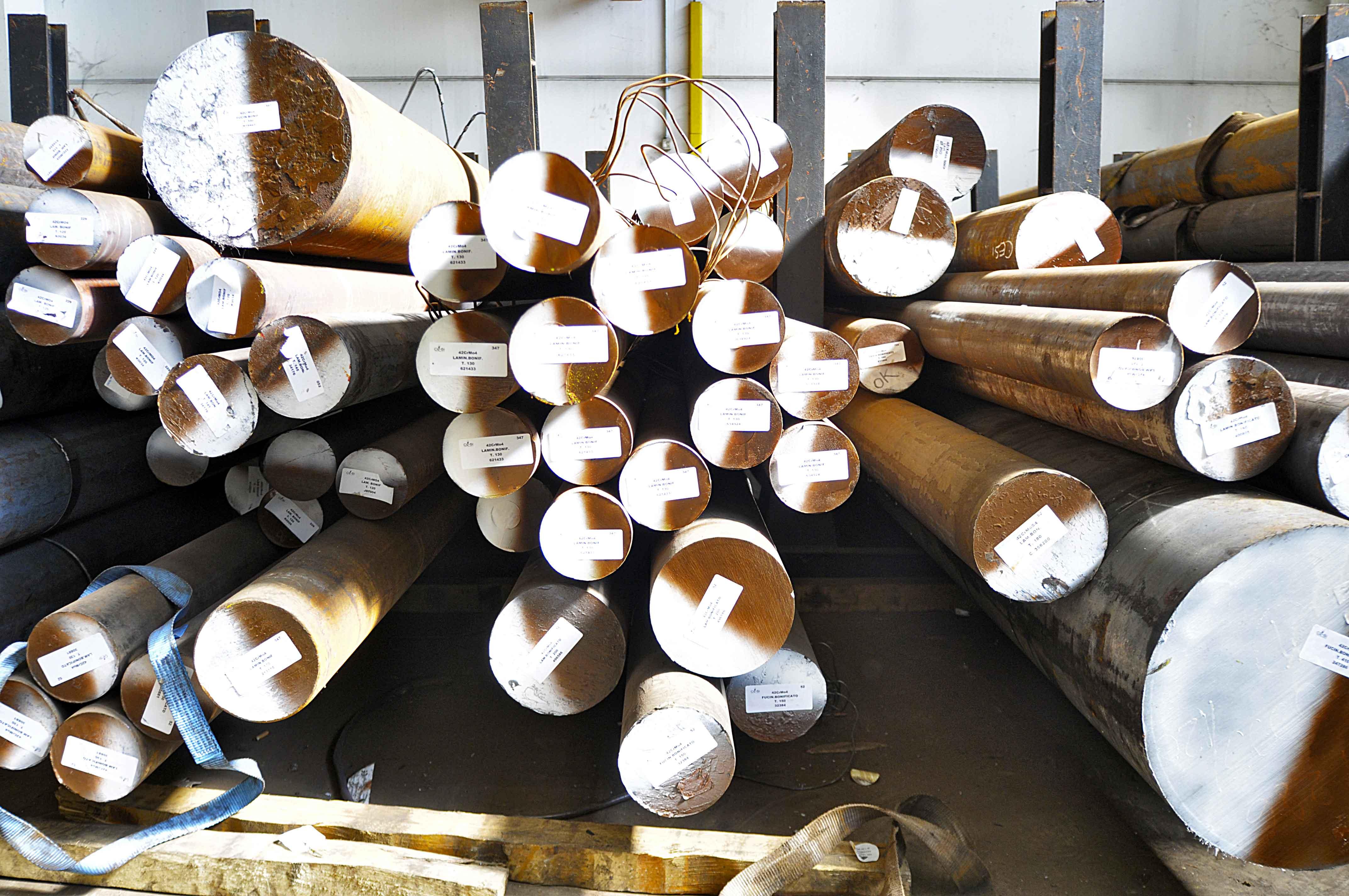 tagli-acciai-interno-centro-siderurgico-4